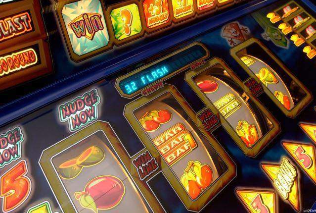 Игровые аппараты программа казино пароходе спб вакансии